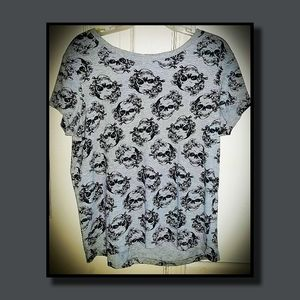 NEVER WORN - Skull-patterned Divided Tee by H&M